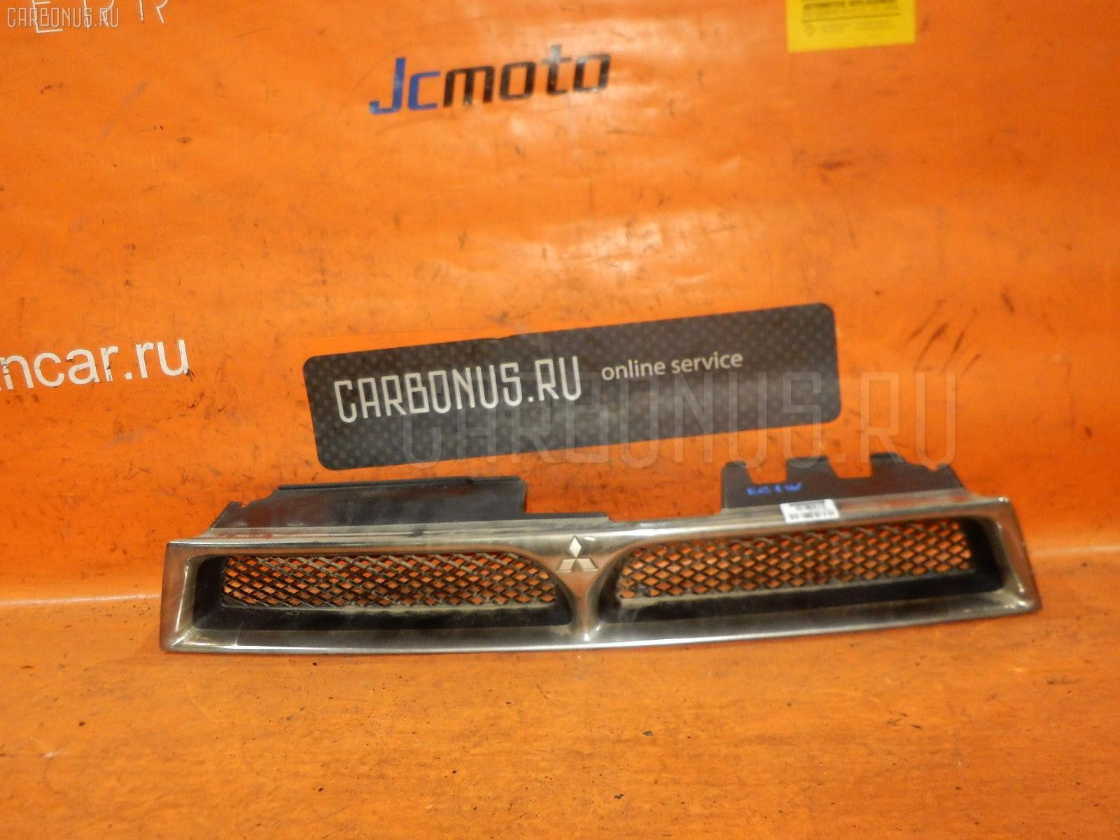 Решетка радиатора MITSUBISHI LEGNUM EC1W Фото 1