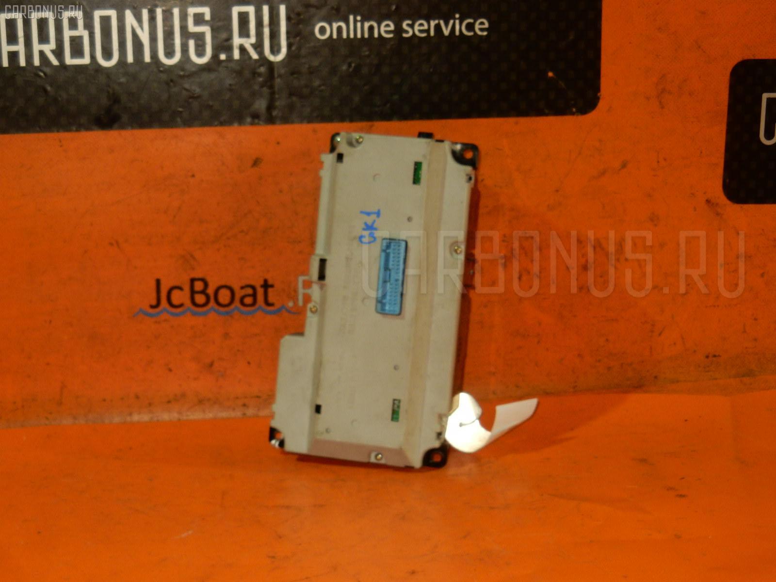 Блок управления климатконтроля HONDA MOBILIO SPIKE GK1 L15A Фото 3