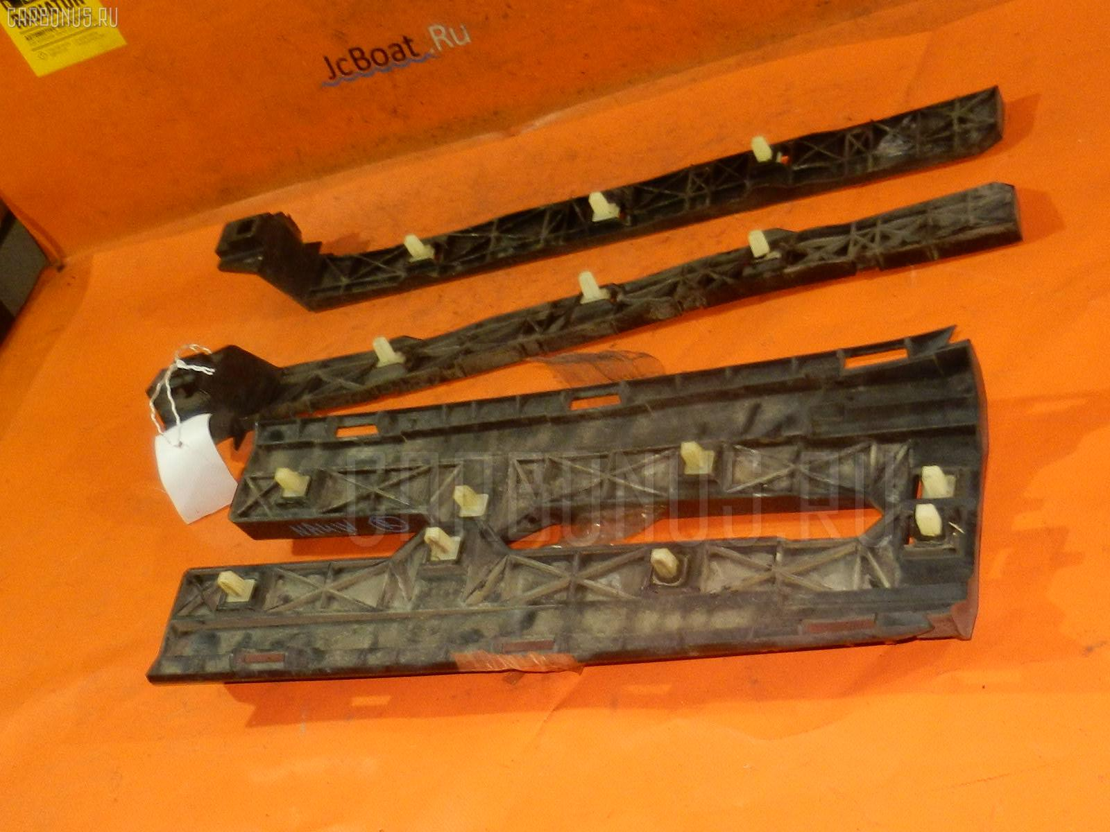 Крепление бампера MITSUBISHI GRANDIS NA4W Фото 2