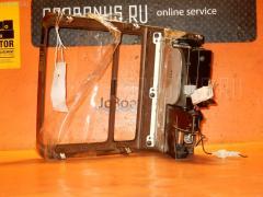 Консоль магнитофона Toyota Crown majesta UZS151 Фото 3