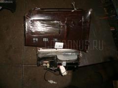 Консоль магнитофона Toyota Crown majesta UZS151 Фото 2