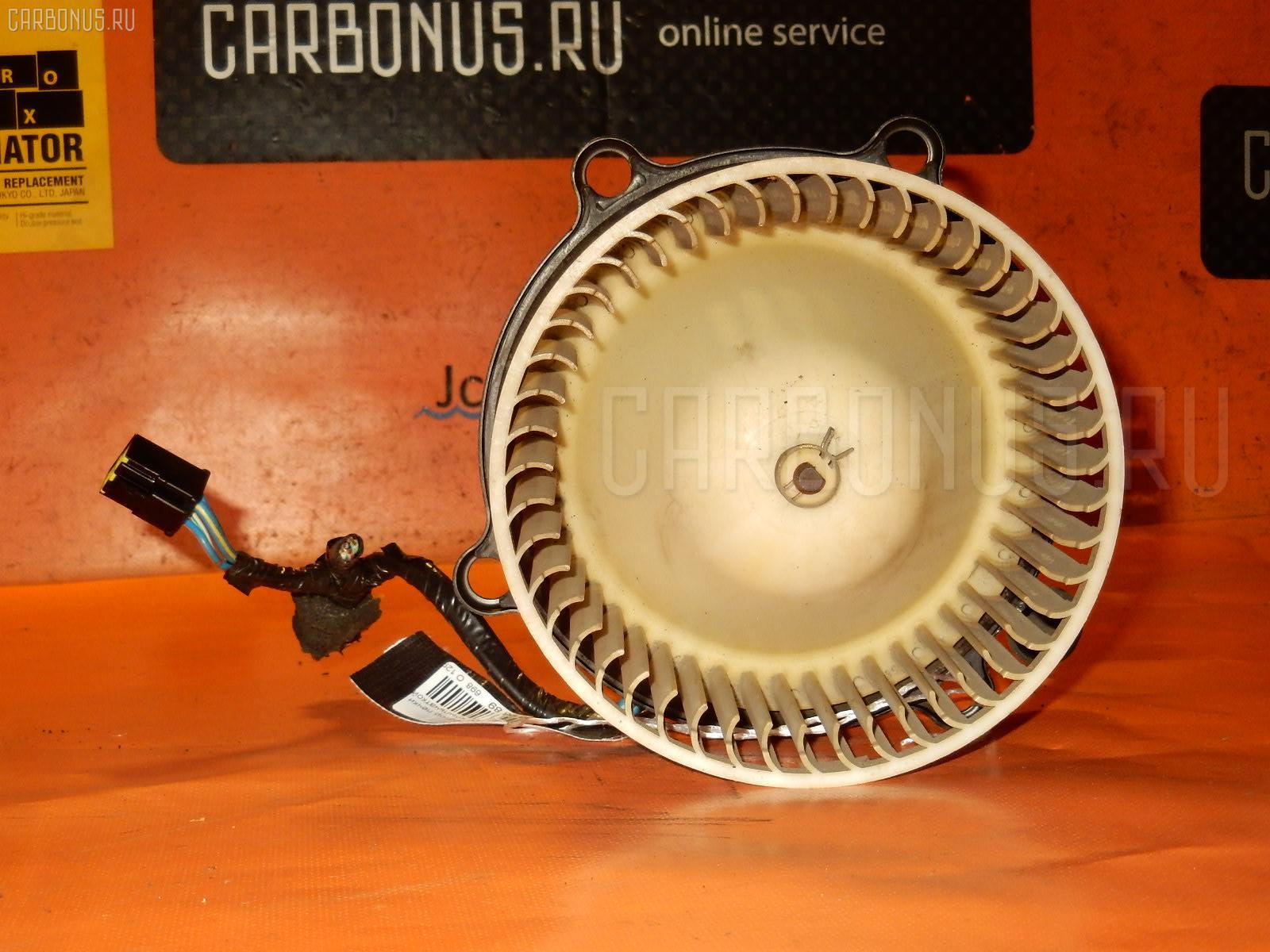 Мотор печки TOYOTA ESTIMA LUCIDA TCR20G. Фото 3