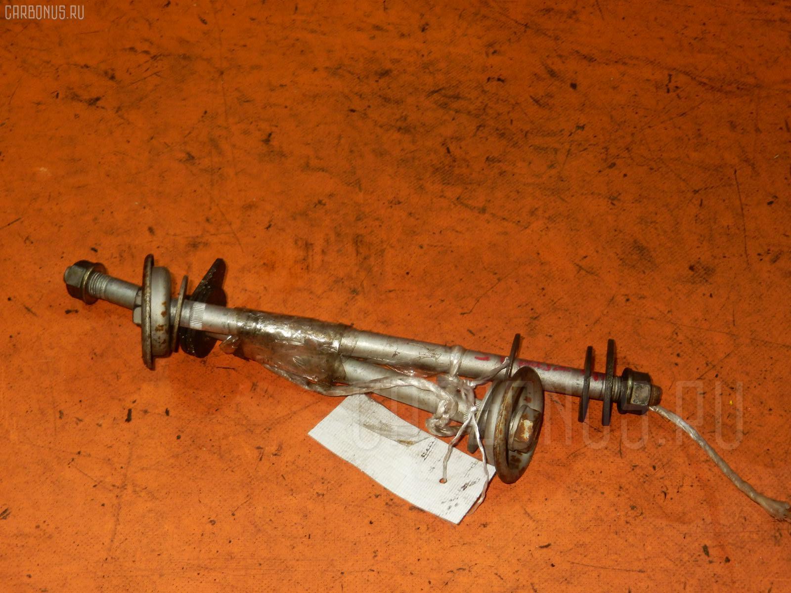 Болт крепежный тяг Toyota Carina ed ST202 3S-FE Фото 1