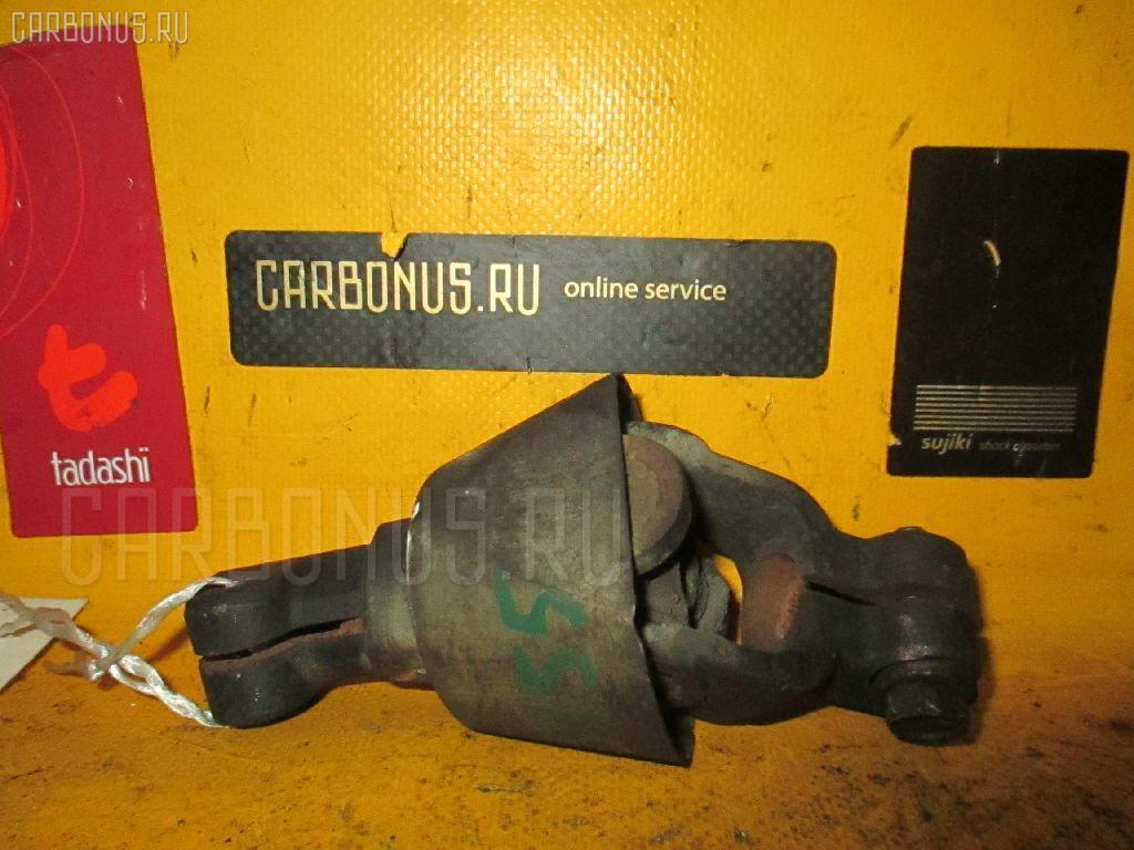 Рулевой карданчик TOYOTA CROWN JZS155. Фото 4