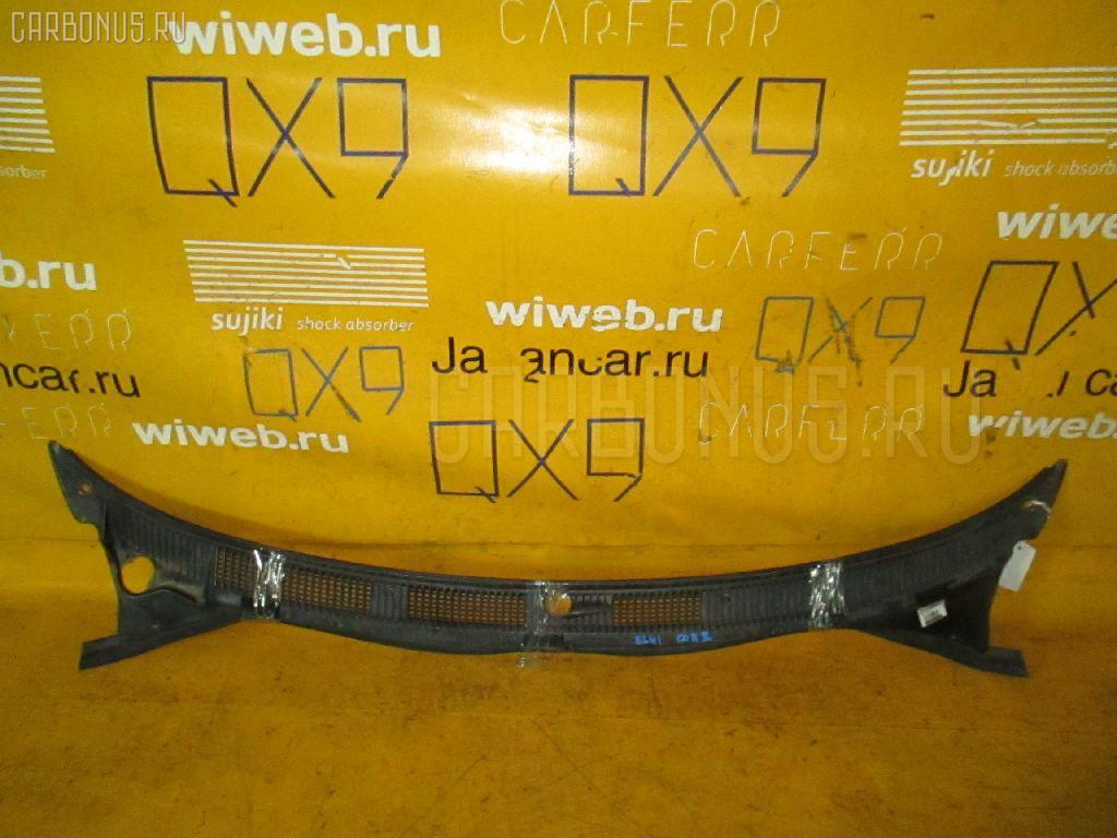 Решетка под лобовое стекло на Toyota Corolla Ii EL41 Фото 1