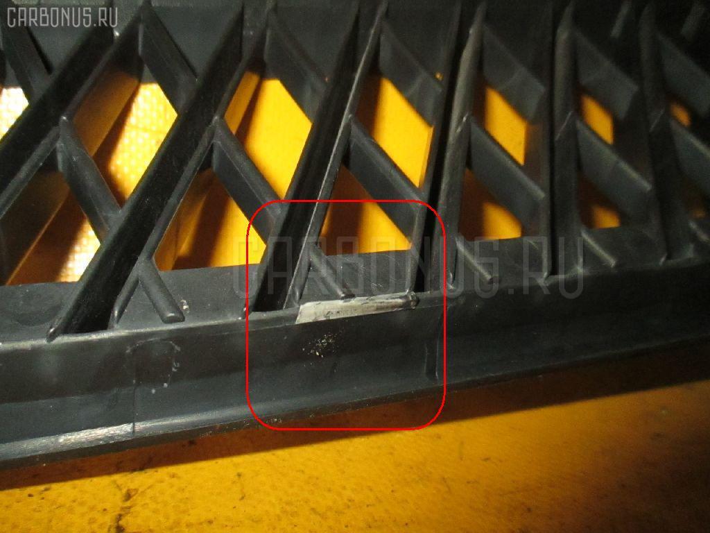 Решетка радиатора TOYOTA PLATZ NCP12 Фото 2