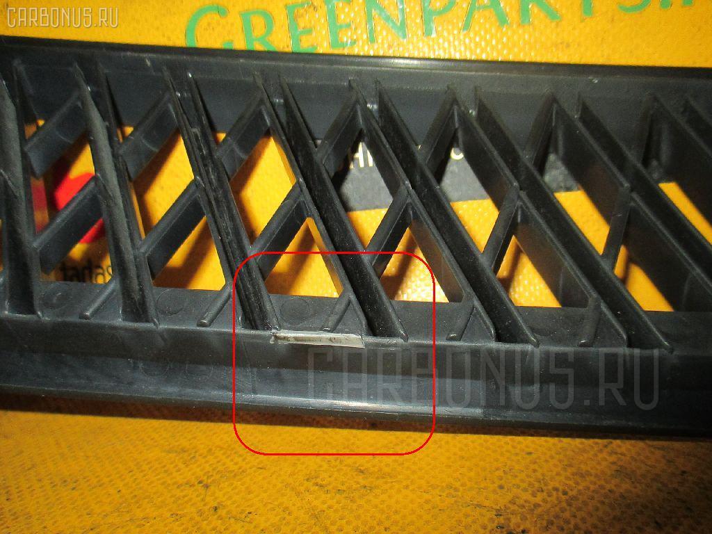 Решетка радиатора TOYOTA PLATZ NCP12 Фото 3