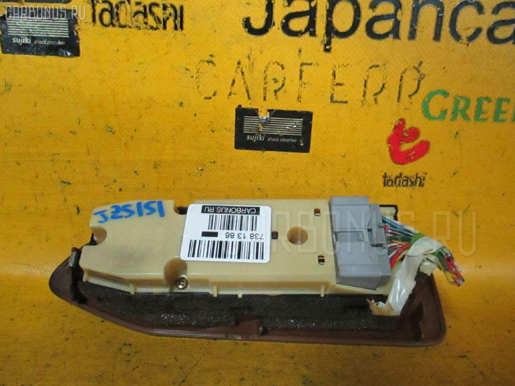 Блок упр-я стеклоподъемниками TOYOTA CROWN JZS151 Фото 2