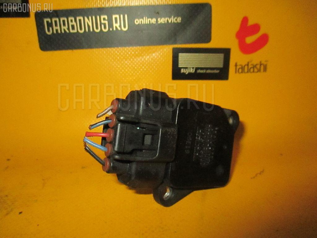 Датчик расхода воздуха Toyota Camry ACV30 2AZ-FE Фото 1