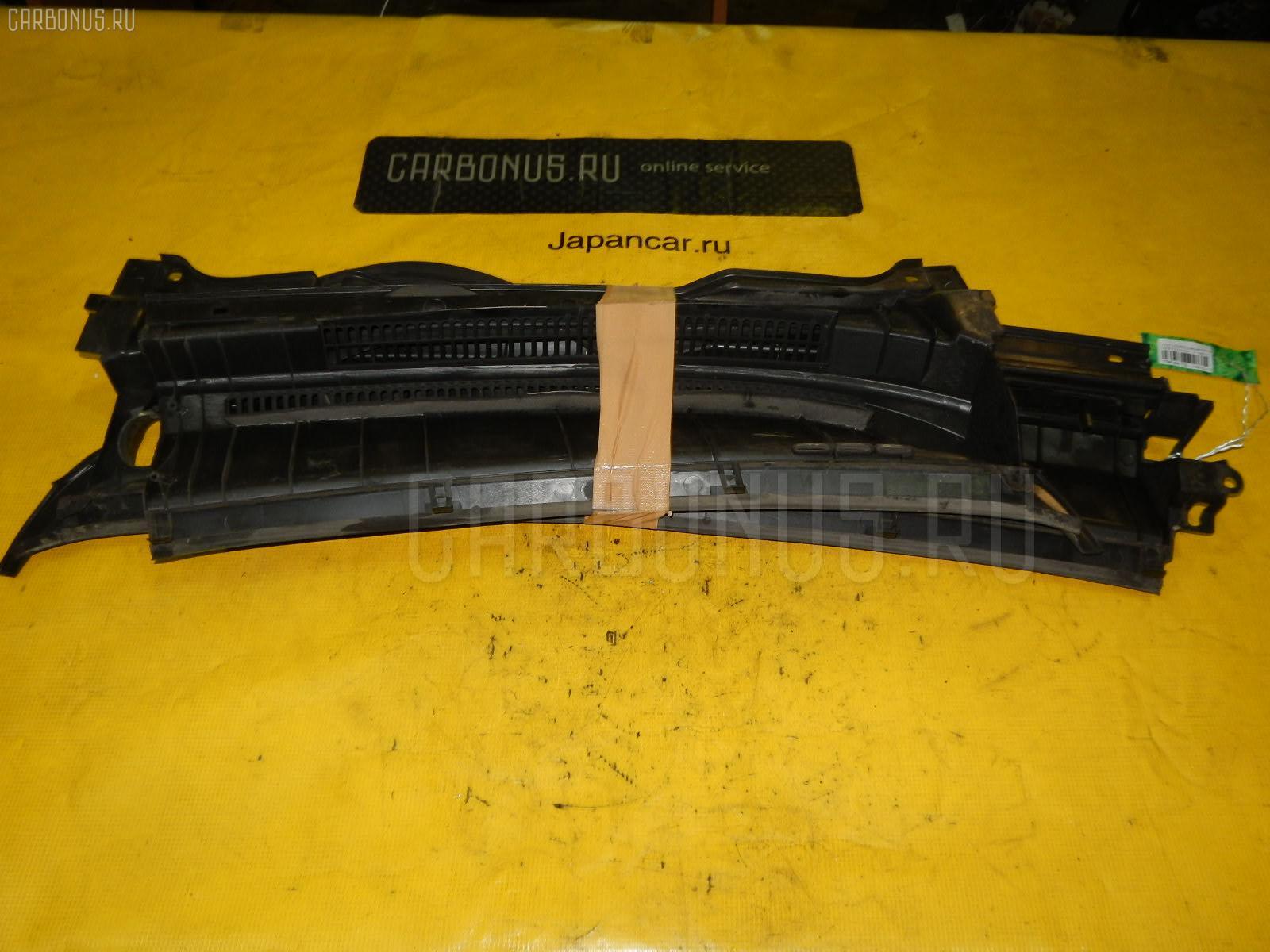 Решетка под лобовое стекло TOYOTA COROLLA SPACIO NZE121N. Фото 7
