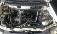 Подставка под аккумулятор Mazda Demio DW3W Фото 5
