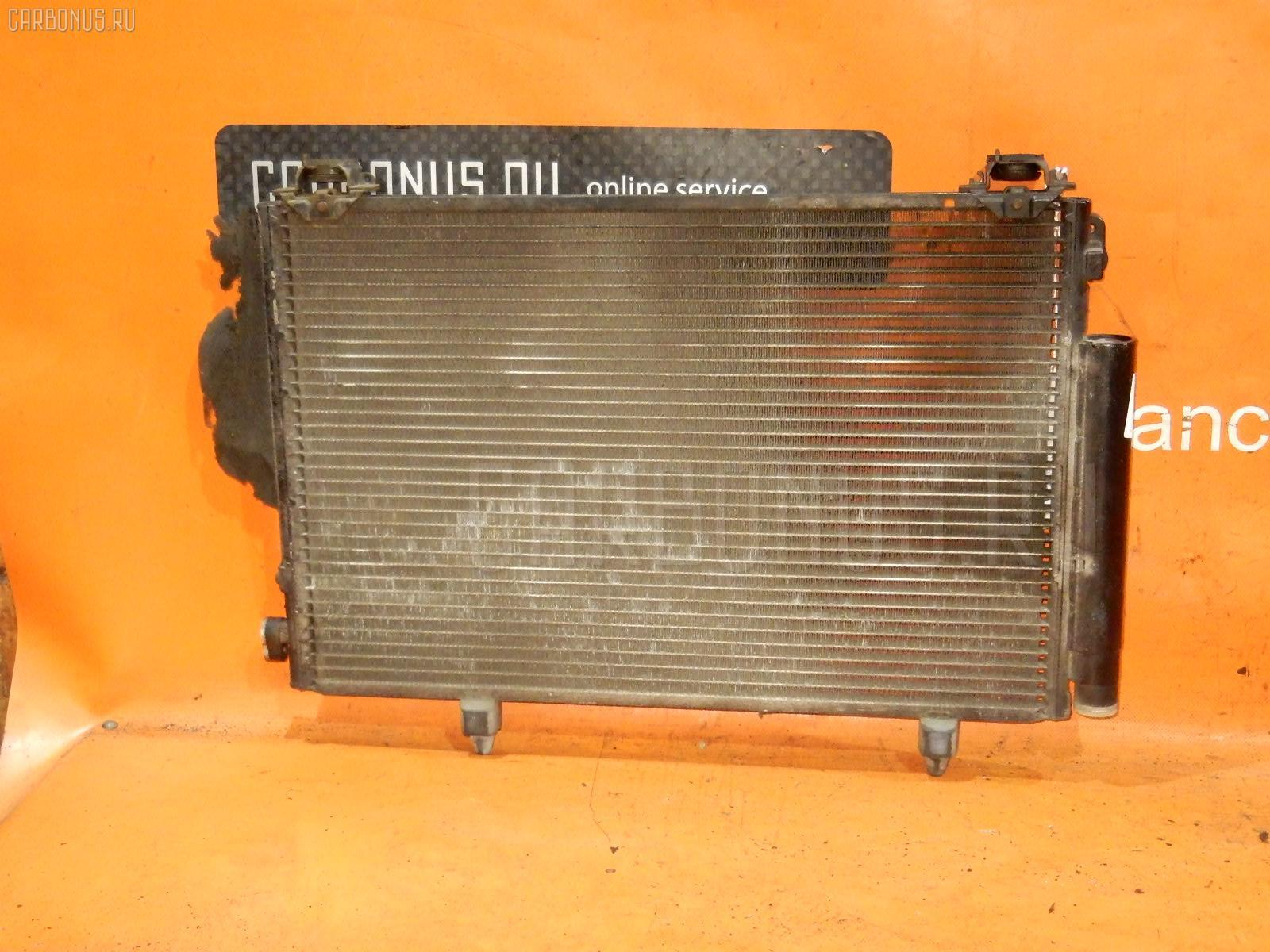 Радиатор кондиционера TOYOTA FUNCARGO NCP20 2NZ-FE Фото 2