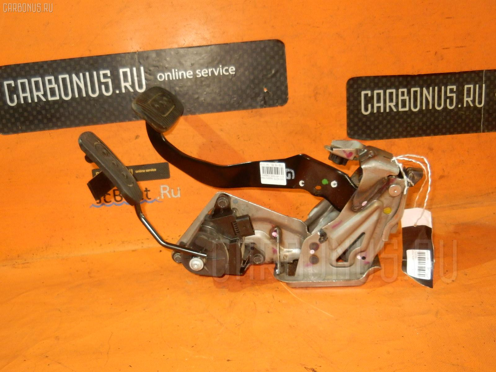 Педаль подачи топлива NISSAN NOTE E11 HR15DE Фото 1
