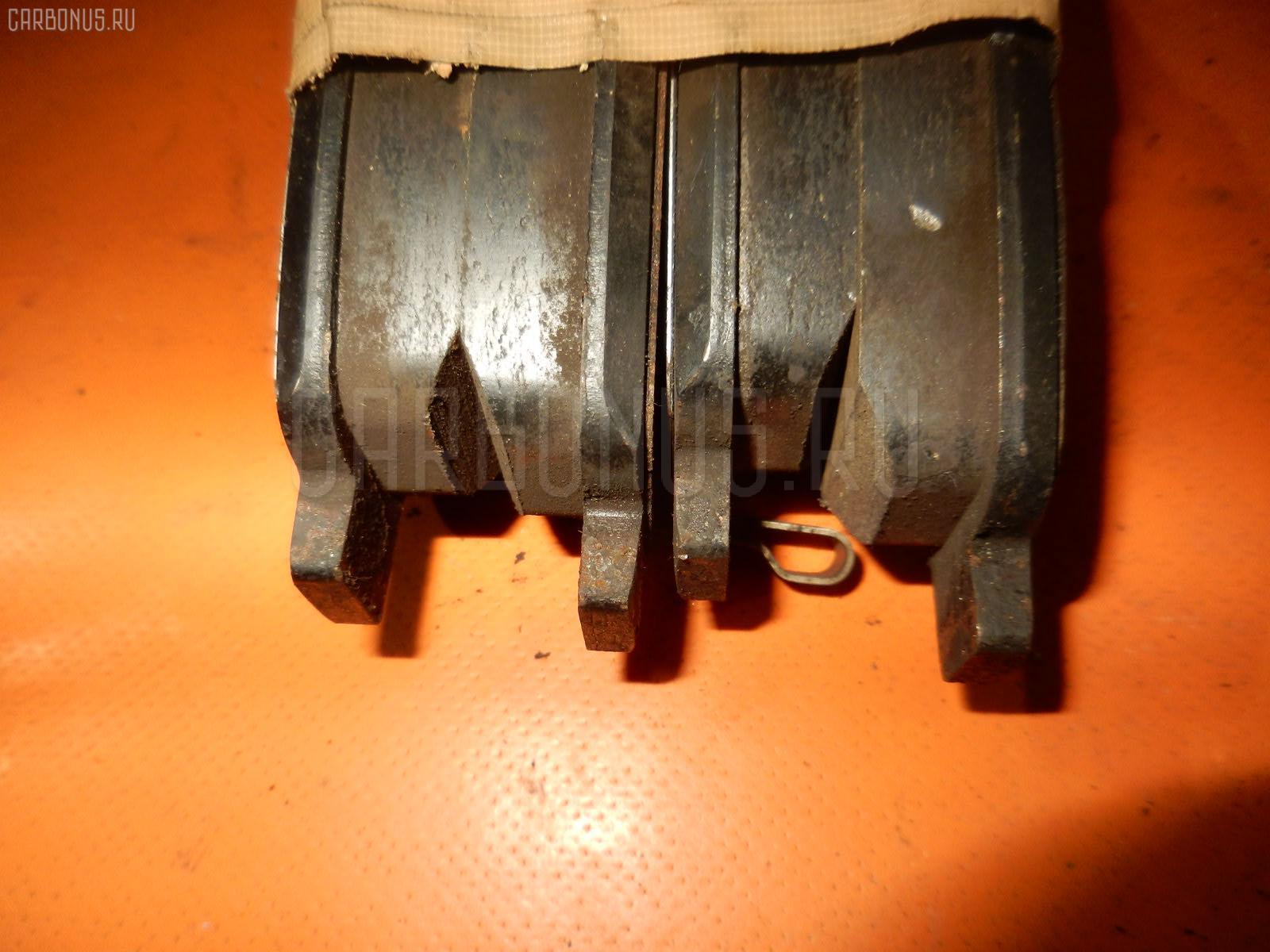Тормозные колодки TOYOTA AVENSIS AZT250 1AZ-FSE. Фото 4