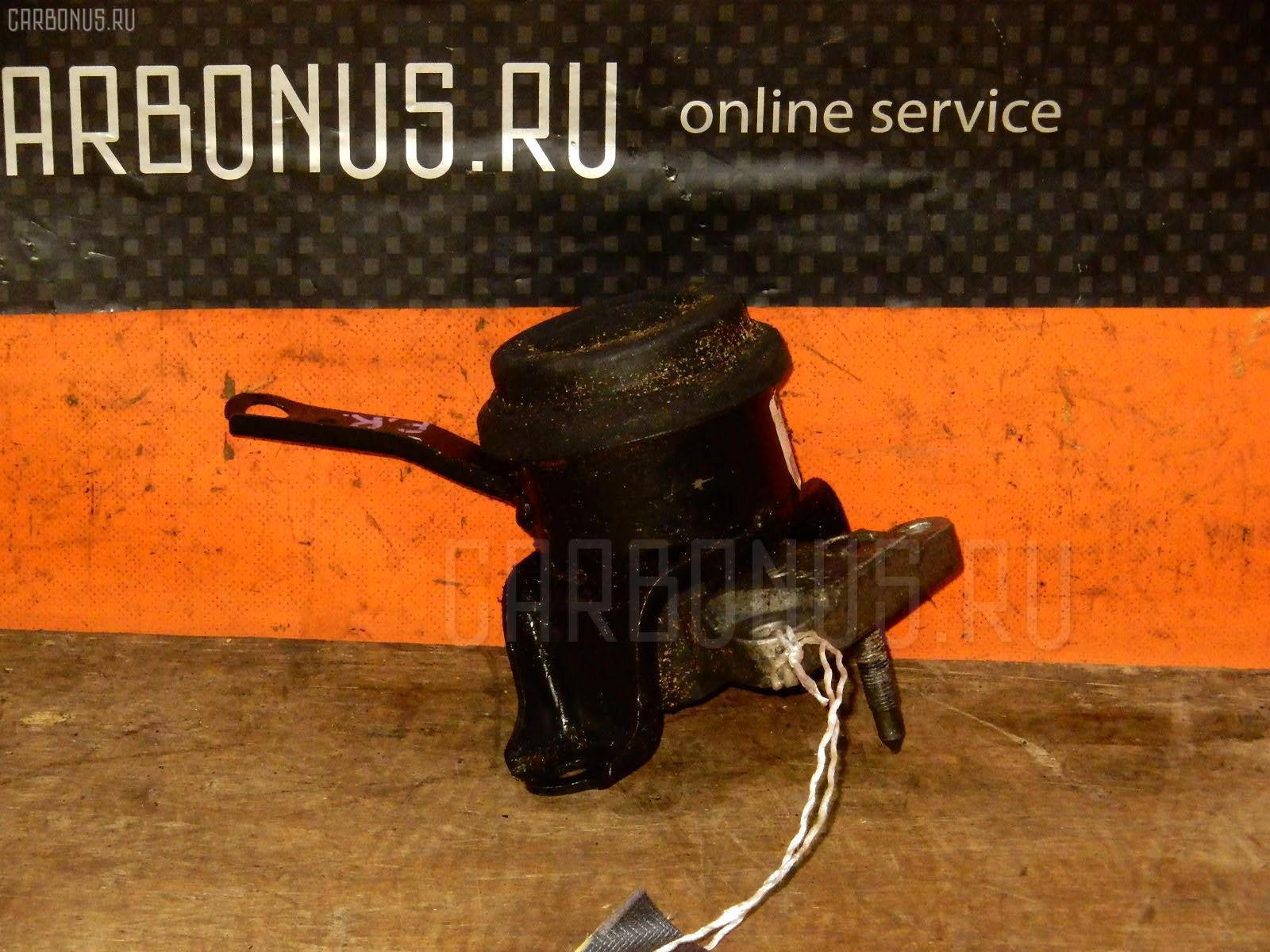 Подушка двигателя Toyota Ipsum SXM10G 3S-FE Фото 1