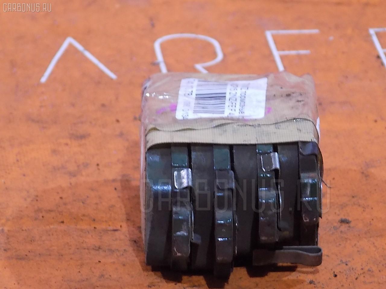 Тормозные колодки TOYOTA VITZ NCP15 2NZ-FE. Фото 3
