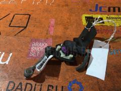 Датчик регулировки наклона фар на Nissan Elgrand ME51, Переднее расположение