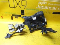 Подставка под аккумулятор TOYOTA VITZ NCP95