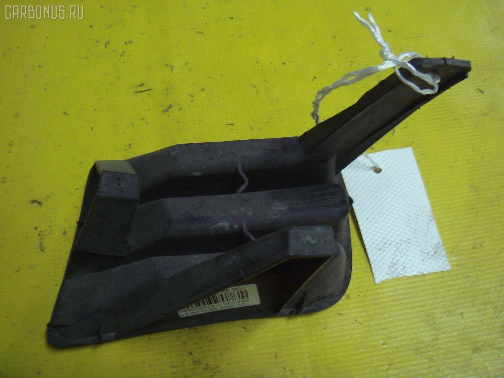 Заглушка в бампер TOYOTA GAIA SXM10G Фото 2