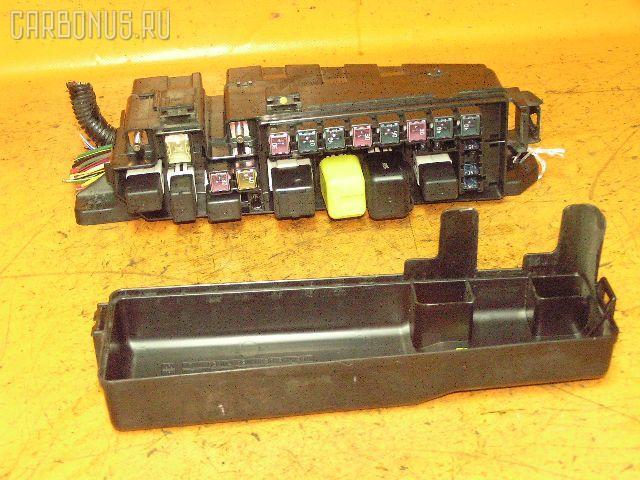 Блок предохранителей MAZDA MPV LW5W GY. Фото 2