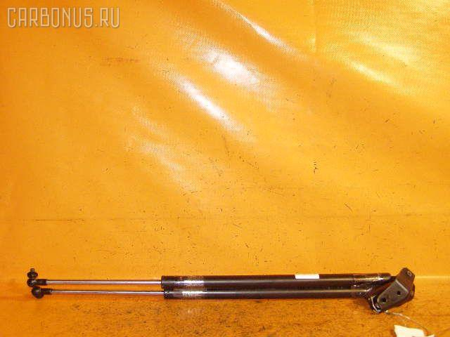 Амортизатор двери HONDA FREED SPIKE GB3 Фото 1