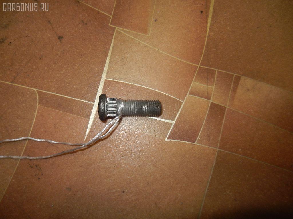 Шпилька DAIHATSU MIRA L250S Фото 2