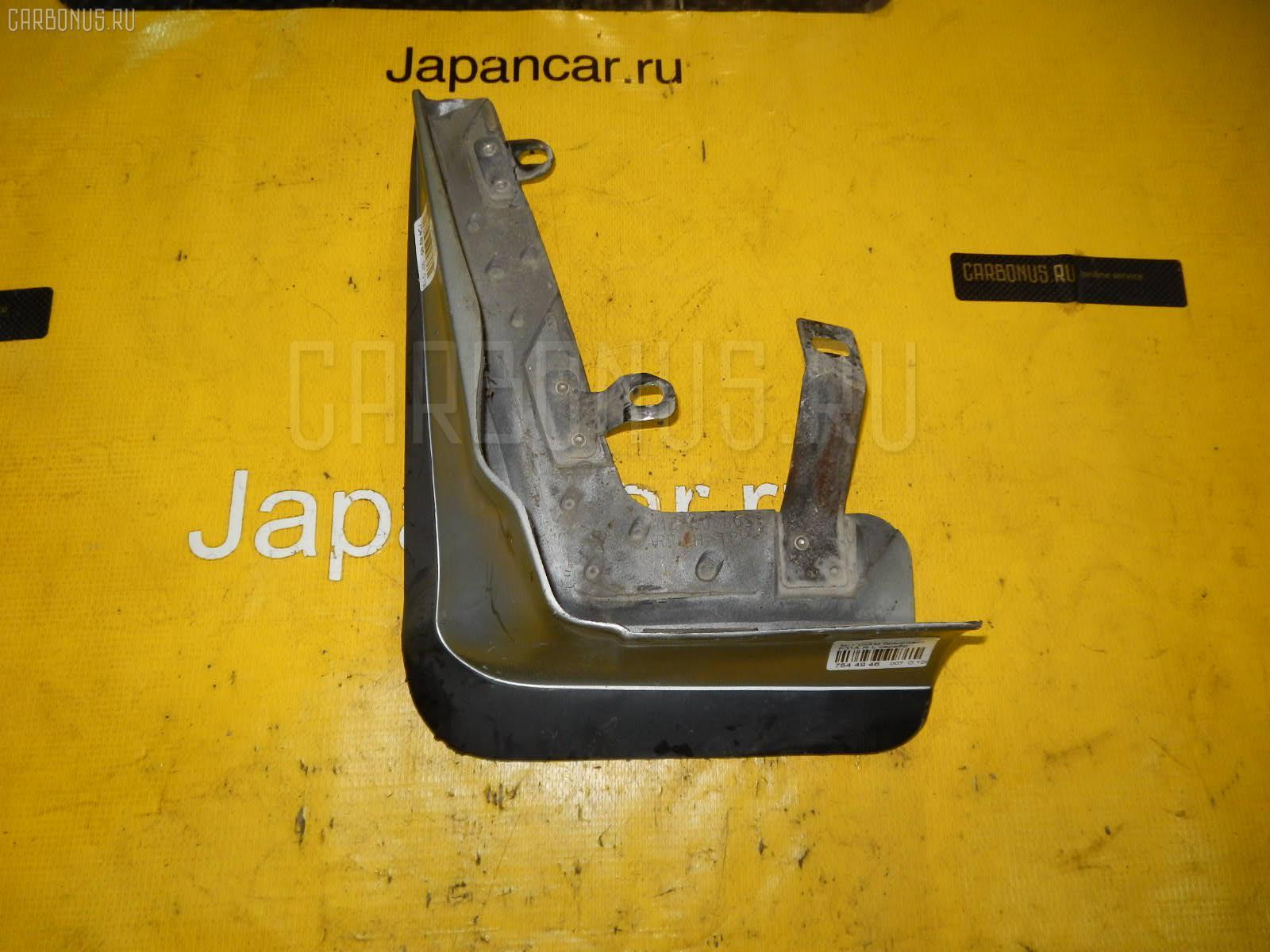 Брызговик MITSUBISHI DIAMANTE F31A Фото 1