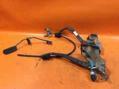 Педаль подачи топлива на Toyota Corolla AE110 5A-FE