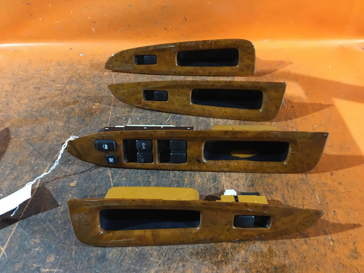 Блок упр-я стеклоподъемниками на Toyota Mark Ii GX110 Фото 1