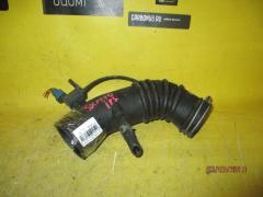 Патрубок воздушн.фильтра на Toyota Ipsum SXM10G 3S-FE