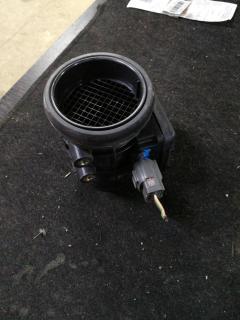 Датчик расхода воздуха E5T52071A на Mazda Premacy CP8W FP-DE Фото 3