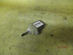 Регулятор скорости мотора отопителя NISSAN LIBERTY RM12 QR20DE
