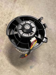Мотор печки на Nissan Serena C25 Фото 3