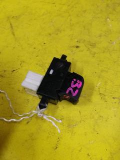 Блок упр-я стеклоподъемниками на Nissan Cube BZ11, Переднее Левое расположение