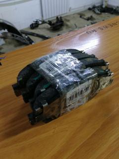 Тормозные колодки на Toyota Brevis JCG10 1JZ-FSE Фото 3