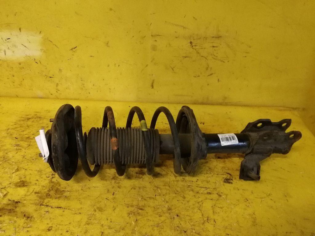 Стойка амортизатора на Nissan Wingroad WFY10 GA15DE Фото 1