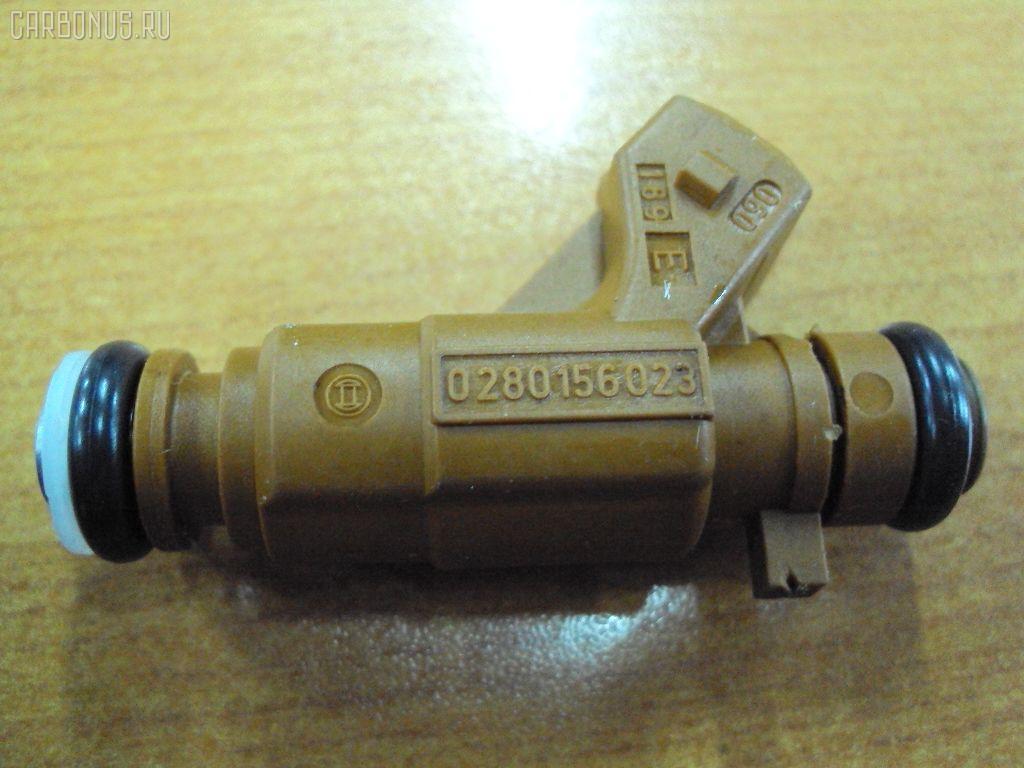 Форсунка инжекторная SAAB 9-5 YS3E B235E Фото 1