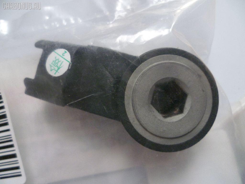 Датчик детонации TOYOTA SOARER UZZ40 3UZ-FE. Фото 2