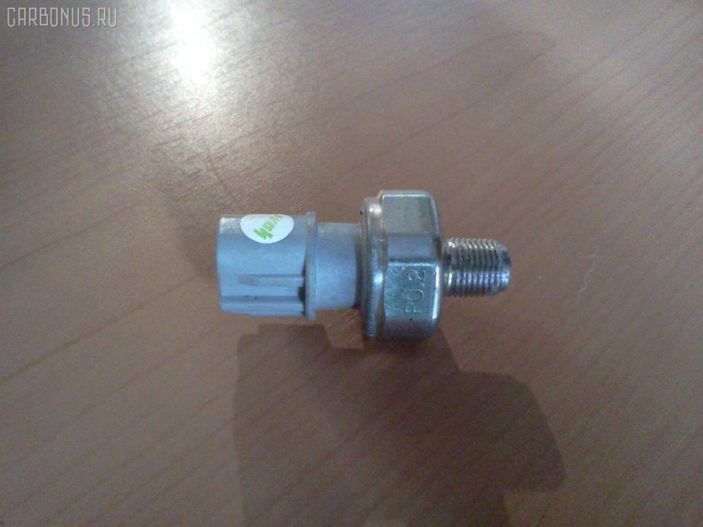 Датчик давления масла TOYOTA VITZ KSP90 1KR-FE. Фото 8