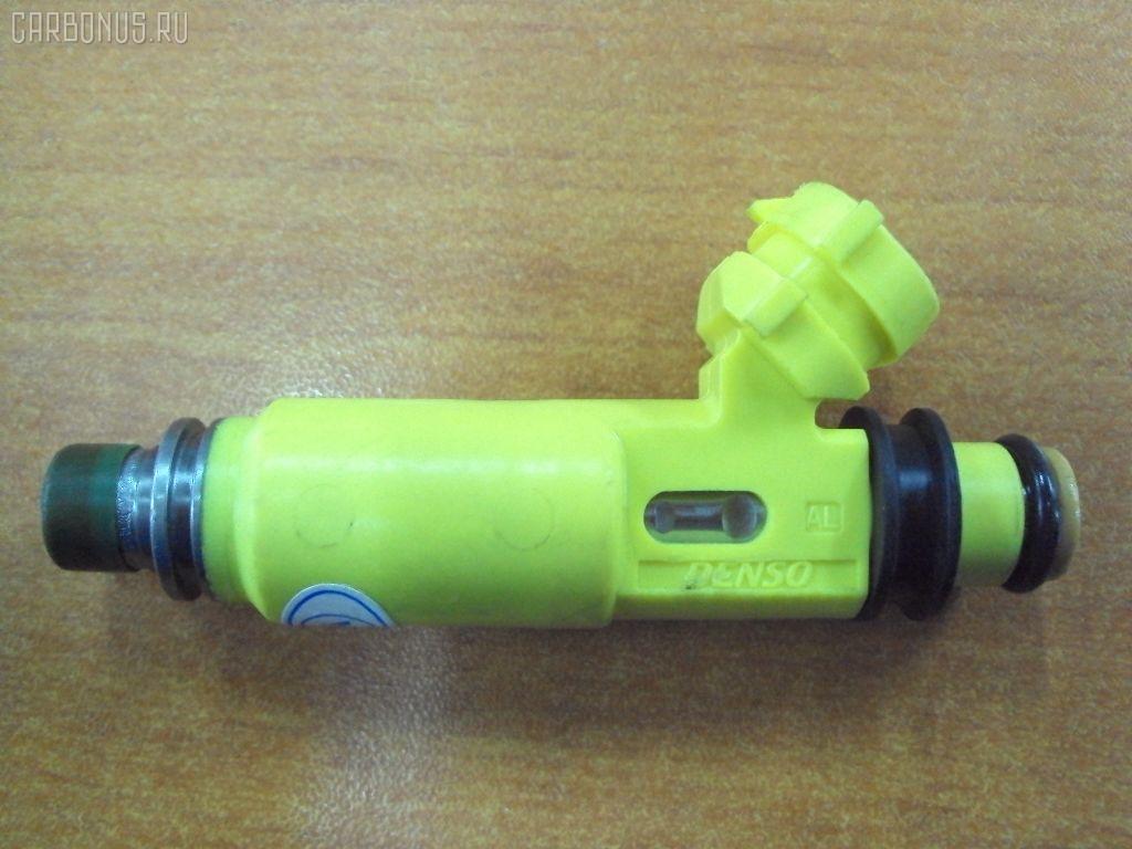 Форсунка инжекторная MAZDA RX-8 SE3P 13B. Фото 1