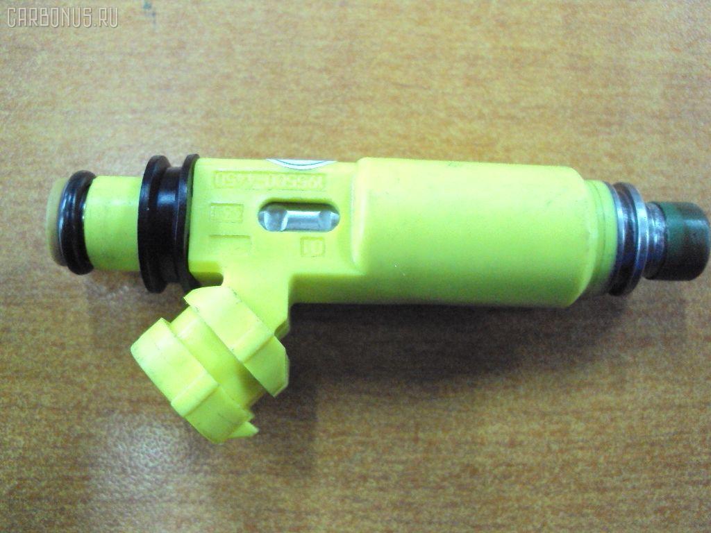 Форсунка инжекторная MAZDA RX-8 SE3P 13B. Фото 2