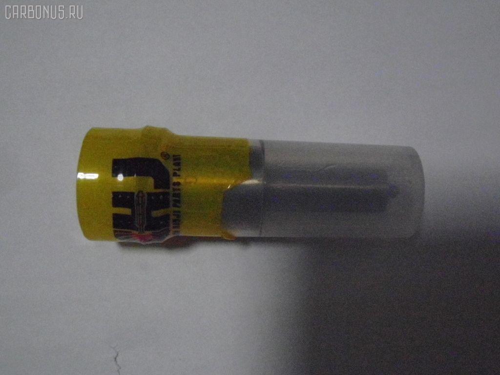 Распылитель форсунки HINO TRACTOR SH661 F17C. Фото 3