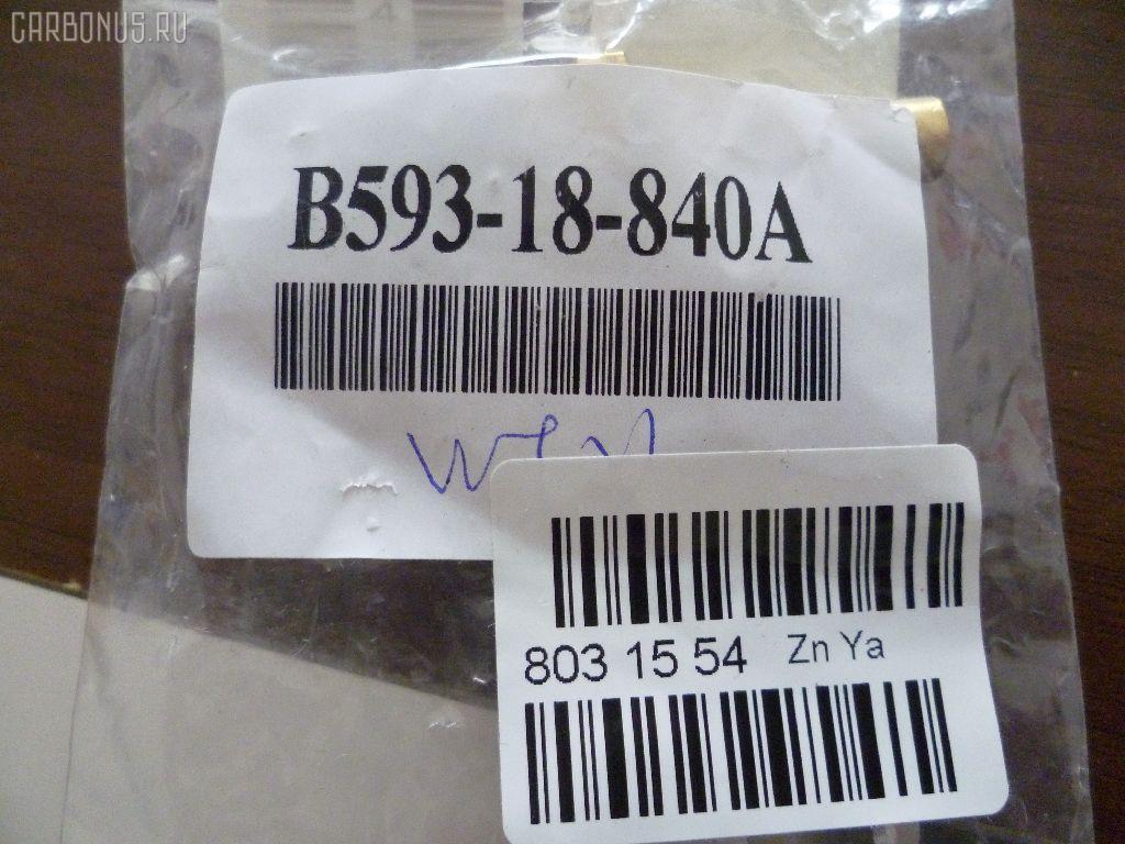 Датчик температуры охлаждающей жидкости MAZDA MPV LVLR WL-T. Фото 1