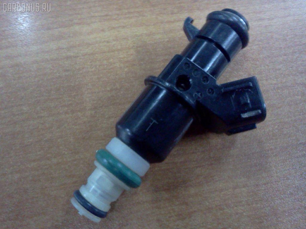 Форсунка инжекторная HONDA STEPWGN RF3 K20A Фото 1