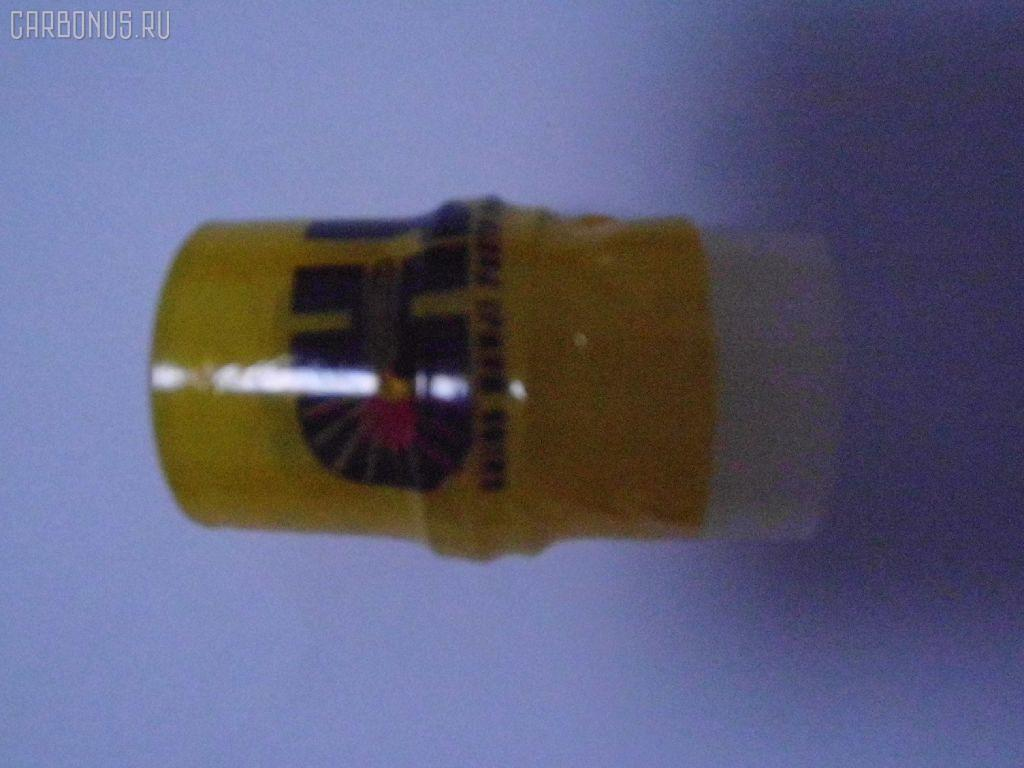 Распылитель форсунки TOYOTA HIACE LH100 2L. Фото 1