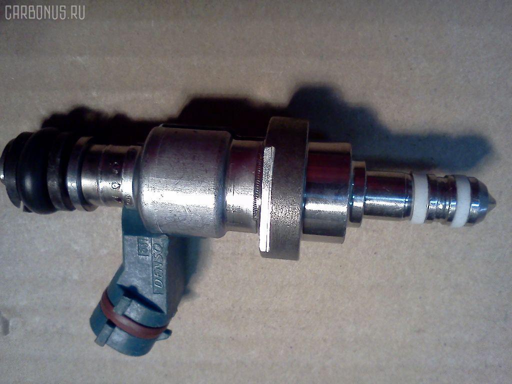 Форсунка инжекторная TOYOTA MARK X GRX125 4GRFSE. Фото 6