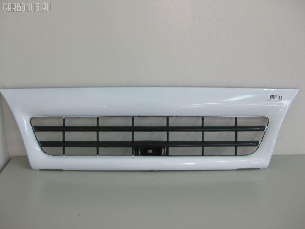 Решетка радиатора ISUZU ELF NHR69. Фото 1
