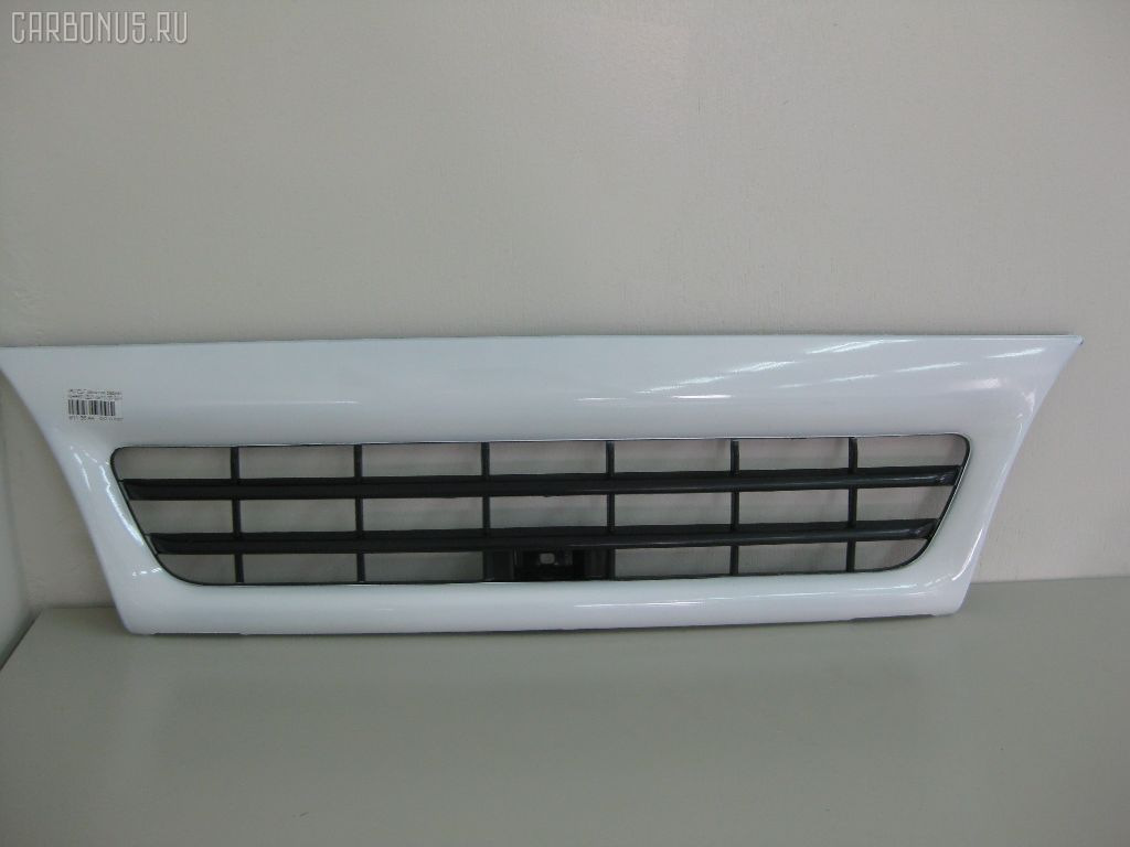 Решетка радиатора ISUZU ELF NHR69. Фото 2