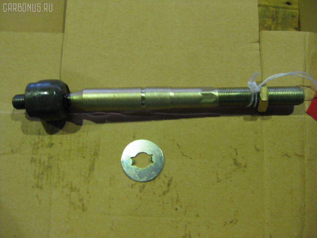 Рулевая тяга TOYOTA HIACE LH107. Фото 2