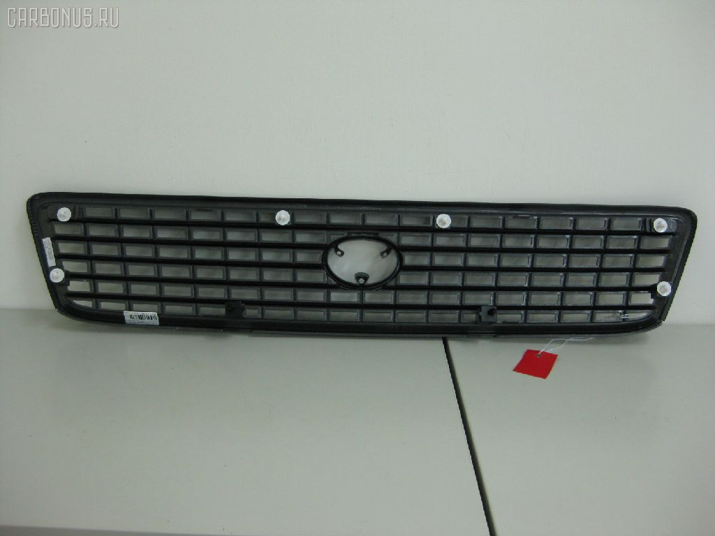 Решетка радиатора Toyota Hiace KZH131 Фото 1